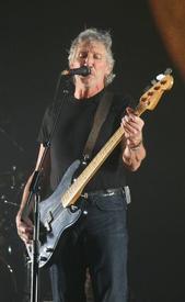 Собрав в 1987 году PINK FLOYD без Уотерса, Гилмор хотел включить «Sheep» в концертную программу, но отказался от этой идеи, когда понял, что не может вложить в свой вокал столько злости, как это сделал Роджер