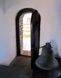 Владычья башня. Вход в Музей колоколов
