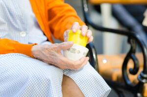 Длительный уход за пожилым человеком: что необходимо учесть?