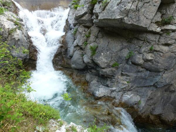 Водопад каньона Энипеас