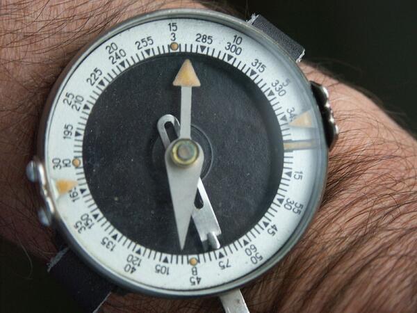 Из истории: компас Адрианова, до 60-х годов выпускался с радиевой светомассой
