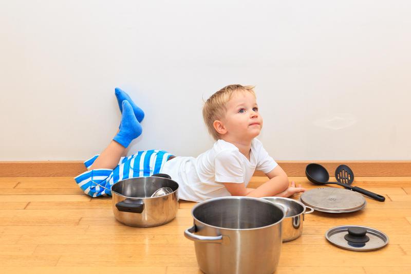 чем занять ребенка в квартире
