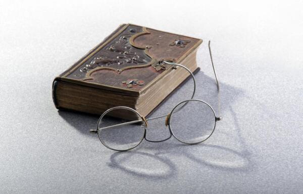 В чём заключается главный парадокс творчества Оскара Уайльда?
