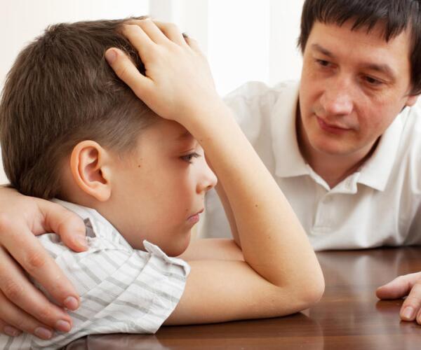 «Папа будет жить отдельно», или Как рассказать ребенку о разводе?