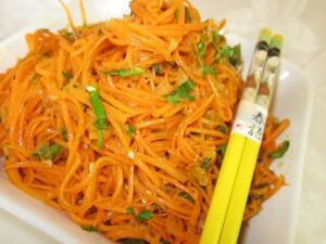 Морковка по-корейски - корейское блюдо? Решайте сами