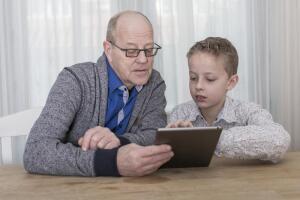 Почему онлайн-игры популярны не только среди детей?