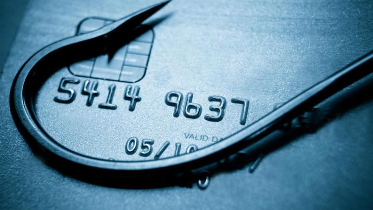 Как правильно пользоваться кредитными карточками?