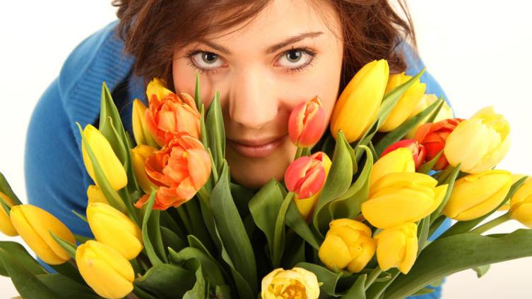 Букет цветов: внимание, любовь! Как сохранить цветы свежими на долгое время?