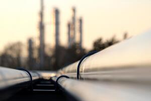 Вам Украину с газом или без?