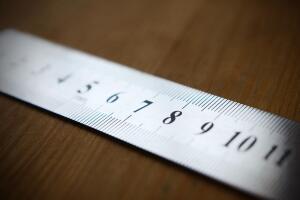 Как придумали метр, а заодно и линейку?