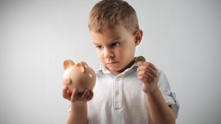 Нужны ли детям деньги? Восемь шагов, которые помогут принять правильное решение