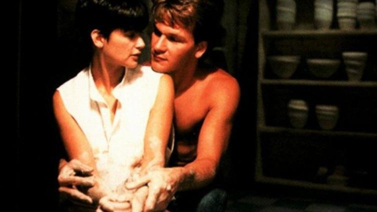 Кадр из фильма «Привидение» (1990)