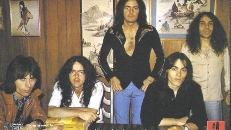 Как Ричи Блэкмор сменил ТЁМНЫЙ ПУРПУР на РАДУГУ? Ко дню рождения гитариста