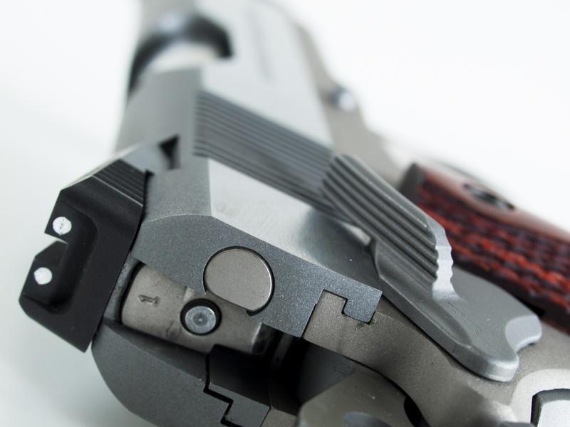 Пистолет Slim Hawg.