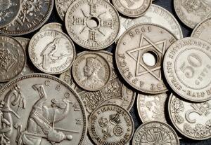 От чего зависит стоимость монет?