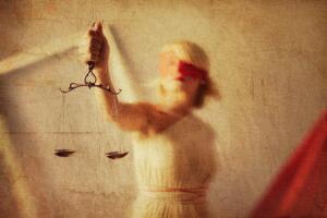 Судить и миловать по закону или только исполнять ритуалы законности? Часть 1