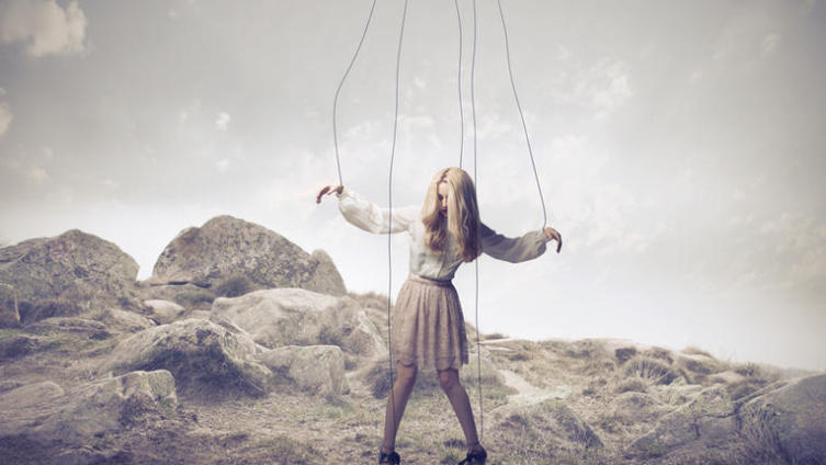 Как противостоять манипуляциям родителей?