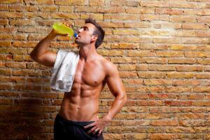Когда можно пить энергетические напитки?