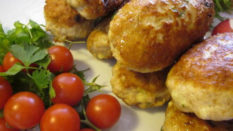 Заразы куриные с начинкой из сыра и зелени