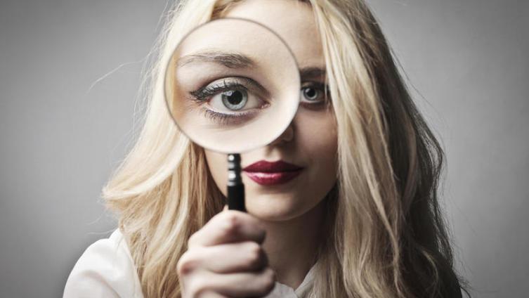 Как сделать макияж при плохом зрении?