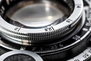 Как правильно очистить зеркальную фотокамеру и что для этого нужно?