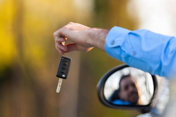 По дорогам Прованса на арендованном автомобиле: что нужно знать?