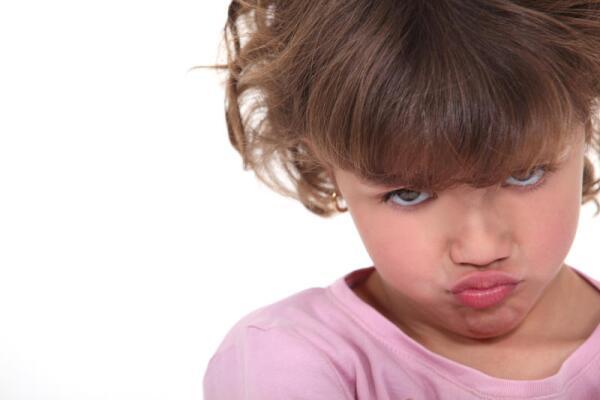 В чем причина детских капризов?