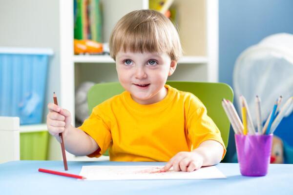 Письмо развивает мелкую моторику рук и способствует развитию ребёнка