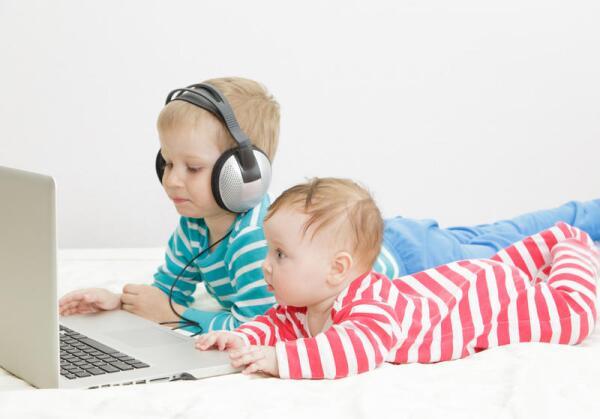 Пользоваться скайпом сегодня умеют даже дети