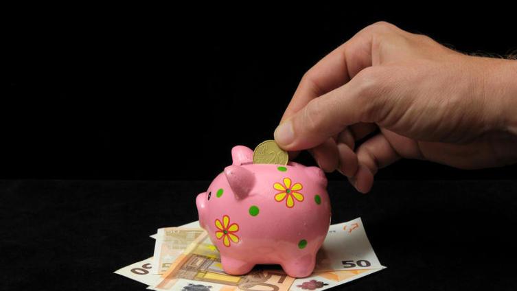 Что лучше: сэкономить или потратить?