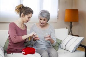 Как правильно сформировать дачную аптечку?