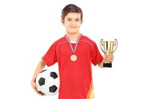Нужны ли детям спортивные добавки?