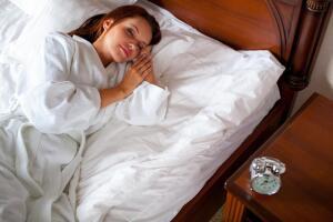 Как приучить себя рано вставать?