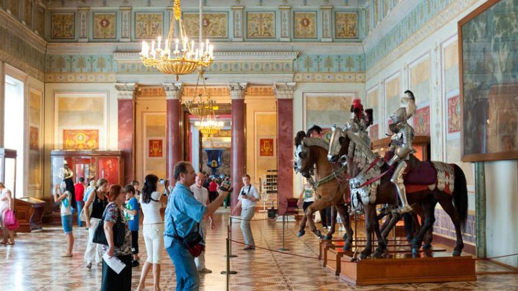 Рыцарский зал в Эрмитаже, Санкт-Петербург