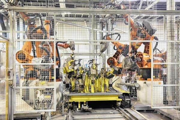 Если работу будут выполнять роботы, вырастет безработица