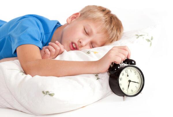 Отсыпаться в выходные полезно для нервной системы