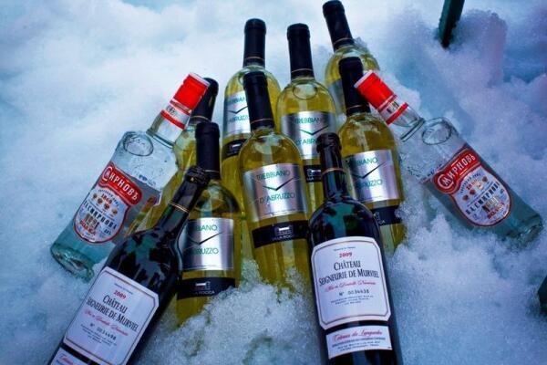 Спиртное хранилось в естественном холодильнике