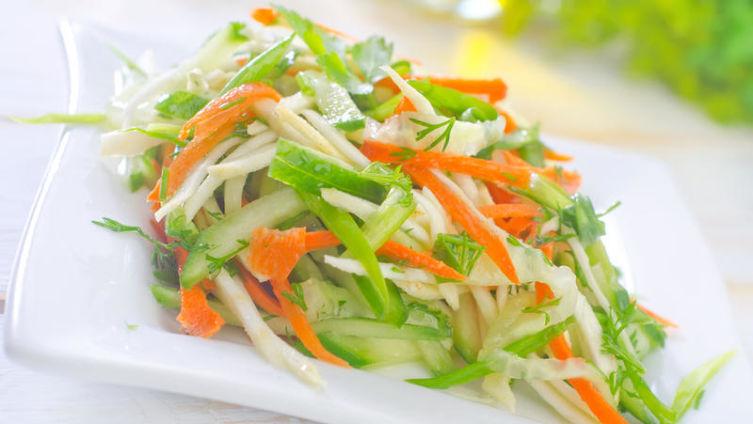 Что общего у лекарства и салата? О пользе капусты белокочанной