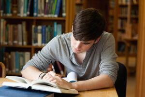 Что лучше - учиться на курсах или самостоятельно?