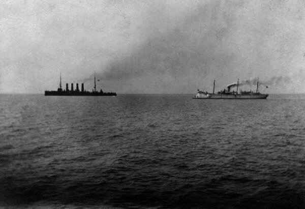 «Варяг» и«Кореец» идут в бой, 9февраля 1904