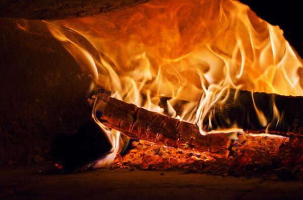 Что и как горит в печи?