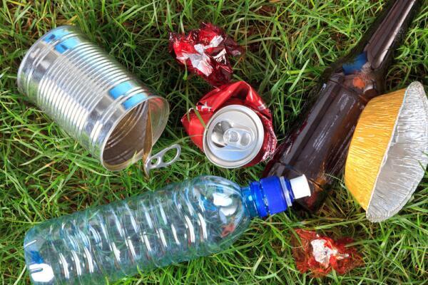 Бросайте мусор в мусорку