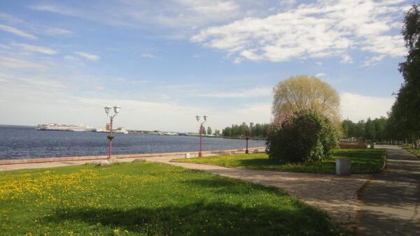 Петрозаводск. Набережная. Вид на пассажирский порт