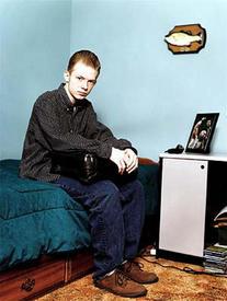 Джонатан Лебед у себя дома. 15 лет, а уже знаменит.
