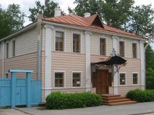 Как родовое гнездо помещиков Верещагиных превратилось в дом-музей знаменитого русского художника?