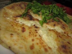 Как приготовить хачапури по-имеретински?
