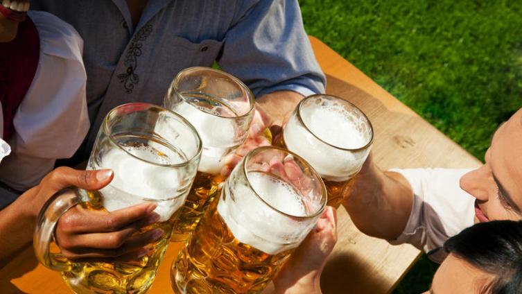 Как появился праздник пива в России?