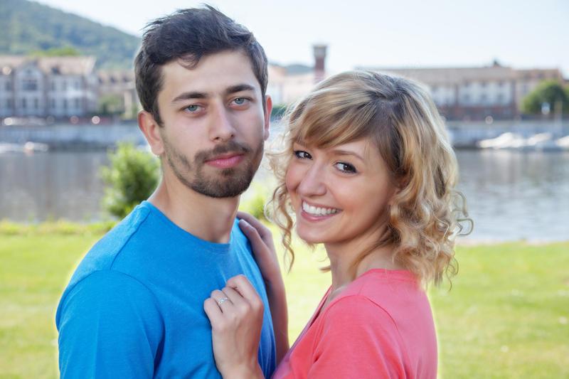 Пара мужчин ищет ласковых женщин для секса