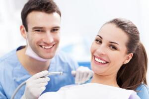 Каковы основные направления работы стоматологов?