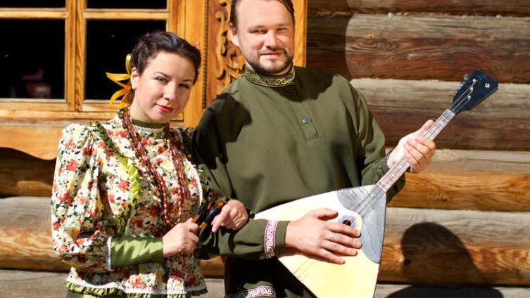 День музыкантов-народников и день балалайки - одно и то же?